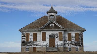 Fortuna, North Dakota, abandoned, school, Divide County