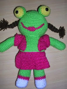 http://misratitosdeartesana.blogspot.com.es/2010/10/sapa-pepa.html
