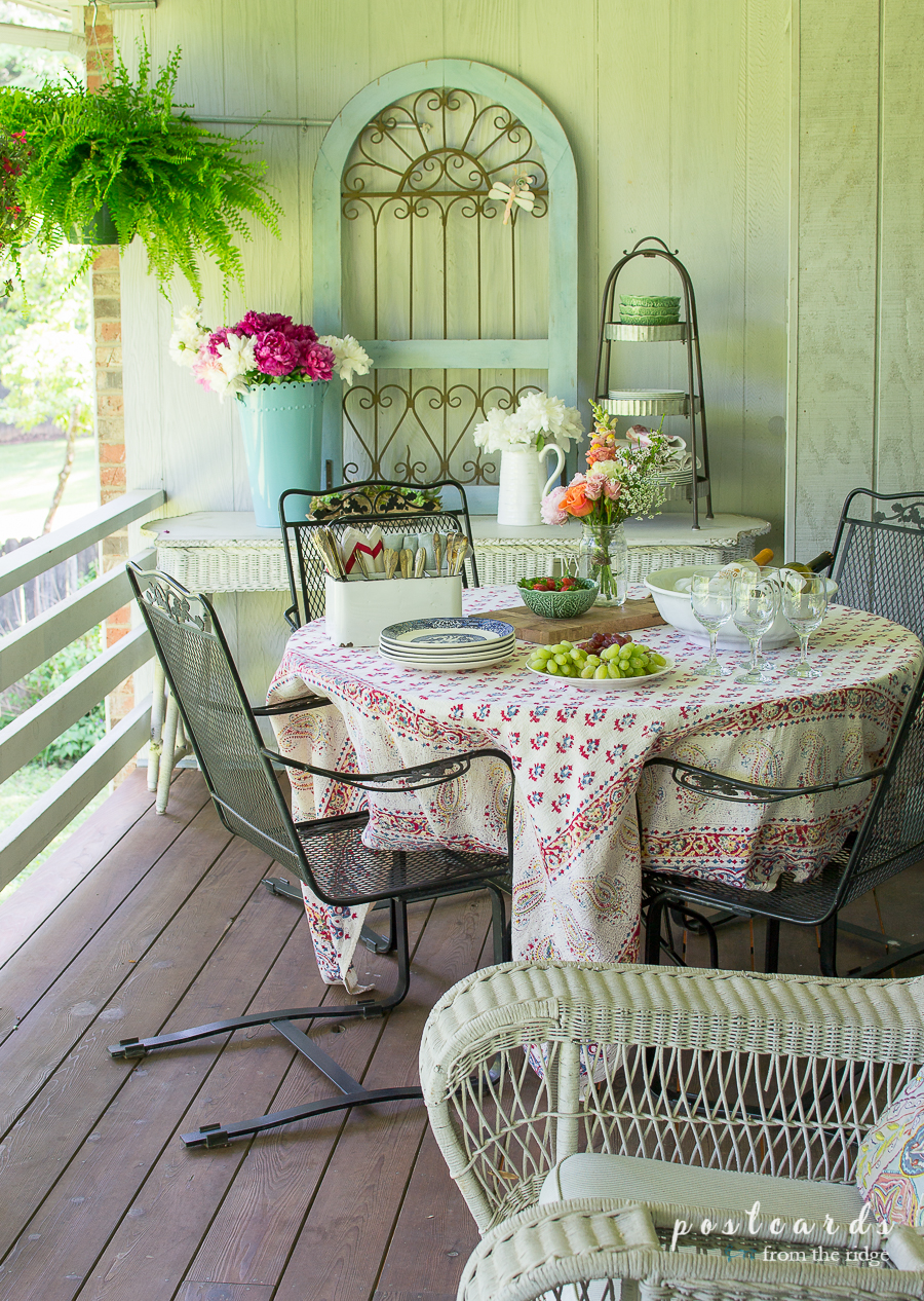 Al Fresco Dining Al Fresco With Vintage Finds And Flowers Postcards From