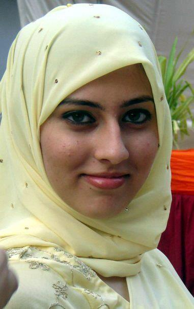 Pakistani Girls Mobile Numbers  Macro Girls-3817