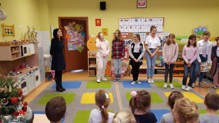 School play for our younger friends