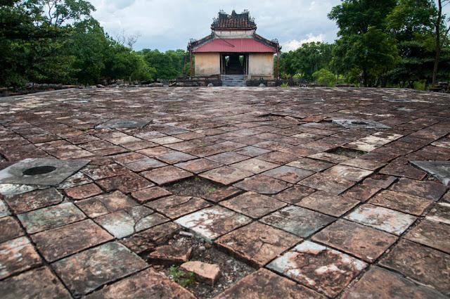 Tumba Thieu Tri , Hue