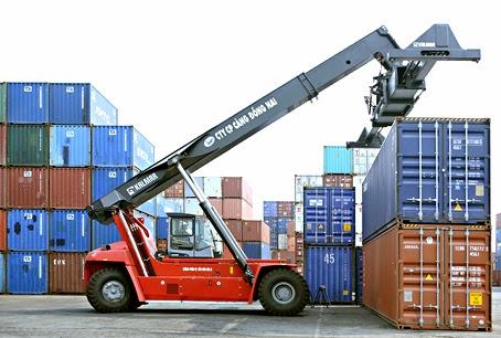 Loay hoay vận chuyển hàng xuất khẩu