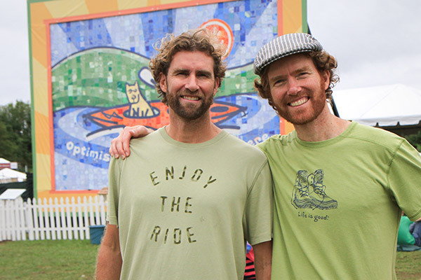 Pendiri Life is Good : Bert dan John Jacobs