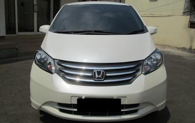 Eksterior Depan Honda Freed