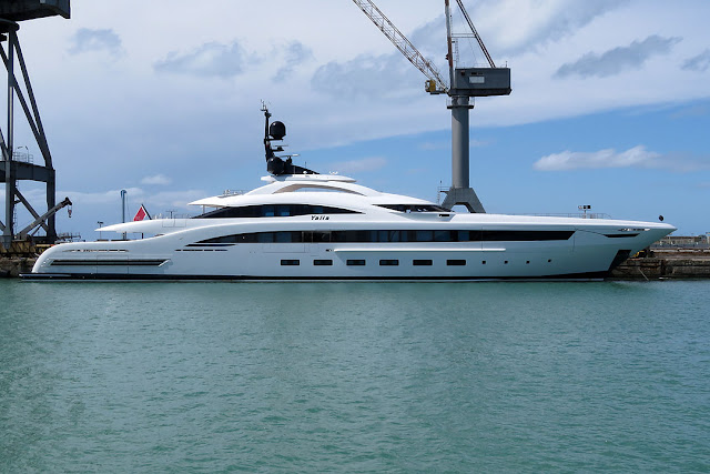 Yacht Yalla, IMO 1012220, port of Livorno