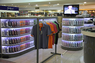 Unicolor Clothing Store