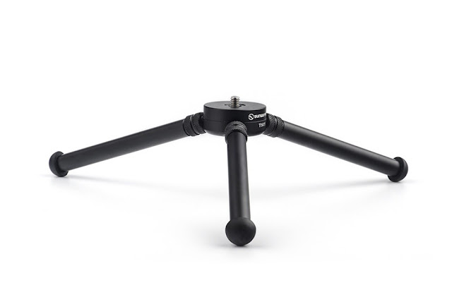 Sunwayfoto T1A11 Aluminium Tabletop Tripod side view