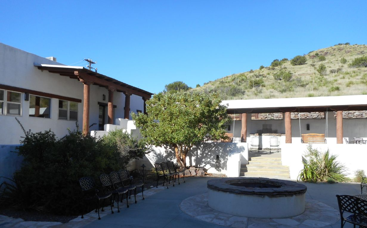 Black Bear Restaurant Indian Lodge