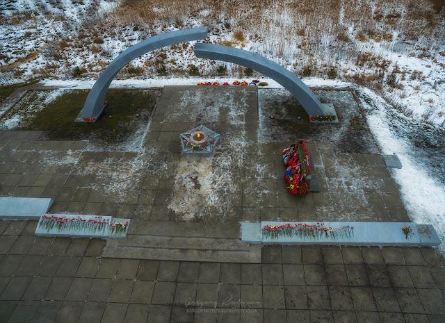 Мемориал разорванное кольцо, фотография с квадрокоптера DJI Phantom 3 Advanced