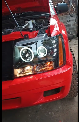 Modifikasi lampu utama mobil Opel Chevrolet Blazer Samba menggunakan headlamp Chevrolet Tahoe/Suburban.