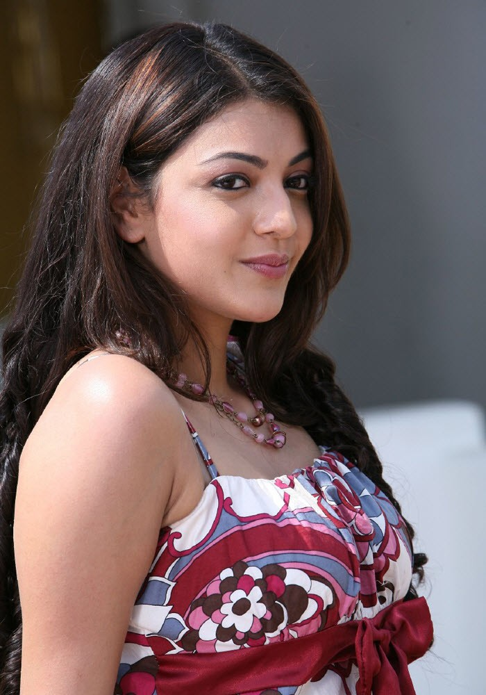 Kajal Agarwal Hot Photos In Red Top