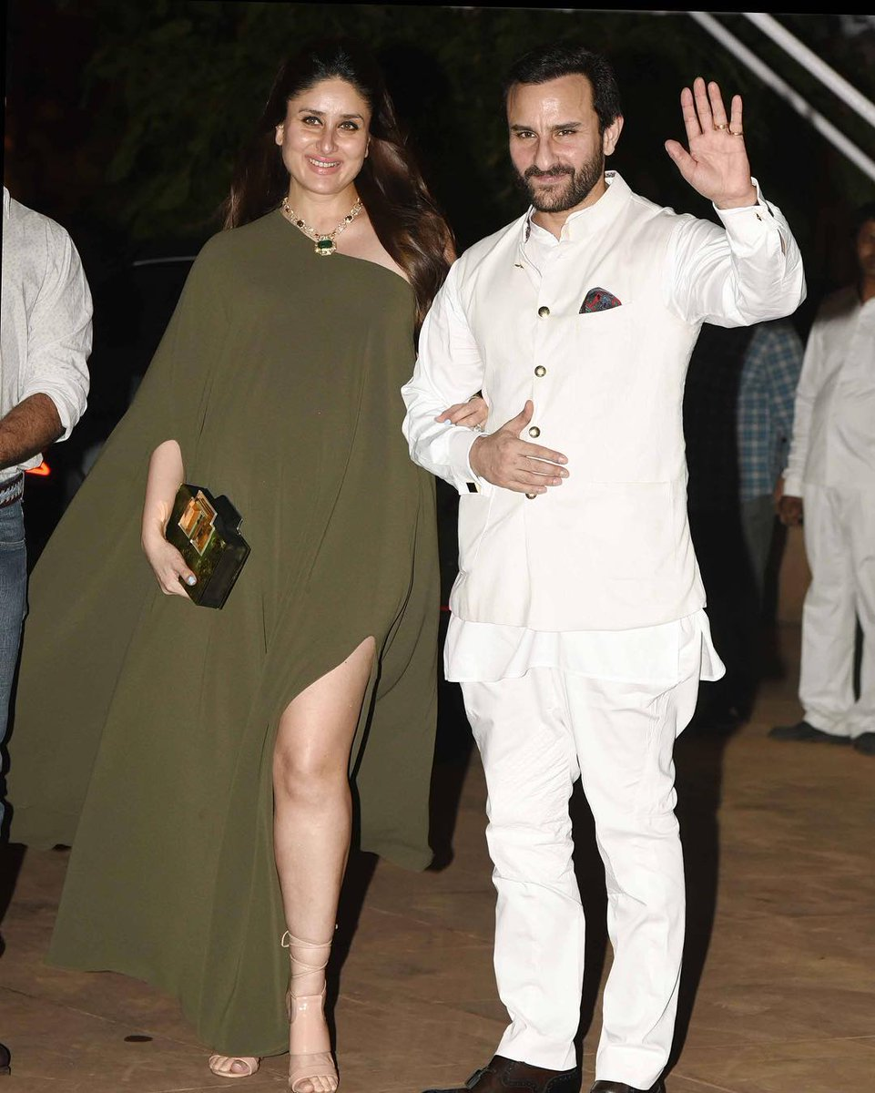 ce27aeb6e7 At another recent appearance, Kareena wore a very stylish long olive  coloured Tunic. Why do I like this? because it is simple and she kept the  look so ...
