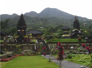 Keindahan Tempat Wisata Taman Sari Gunung Salak Bogor