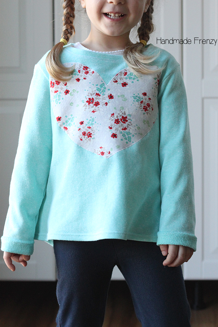 French Terry Nessie Top // Sewing for Girls / Handmade Frenzy