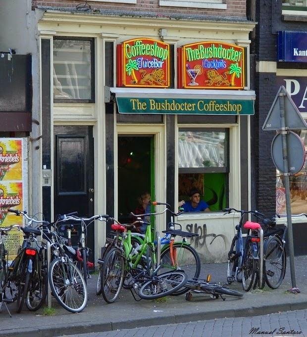 Amsterdam, coffeeshop