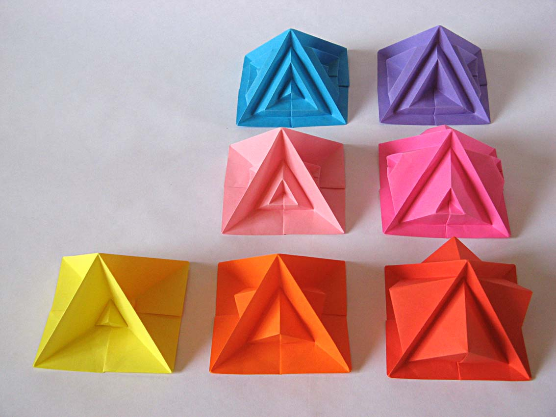 Origami Piramide settima e varianti - Seventh pyramid and variants by Francesco Guarnieri