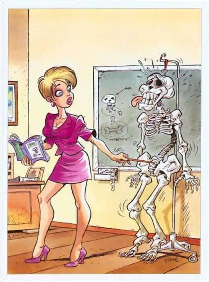 На уроці анатомії сексуальна вчительтка і навчальний скелет