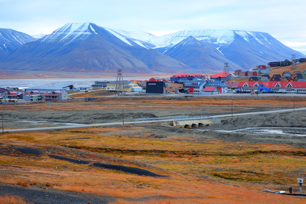Journey to Desert and Arctic - Longyearbyen, Svalbard