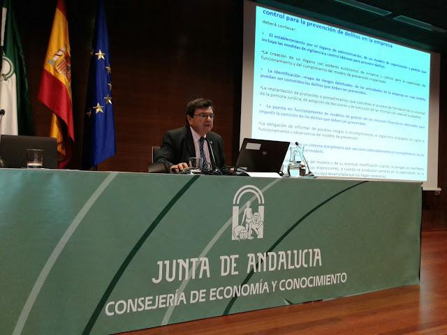 Rafael R. Calatrava Consejo General profesionales Compliance