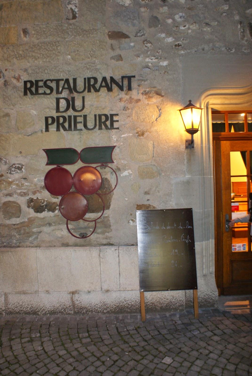 Le Cafe Curieux Rue Lakanal