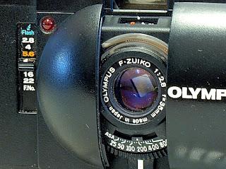 Olympus XA, F.Zuiko 35mm f/2.8