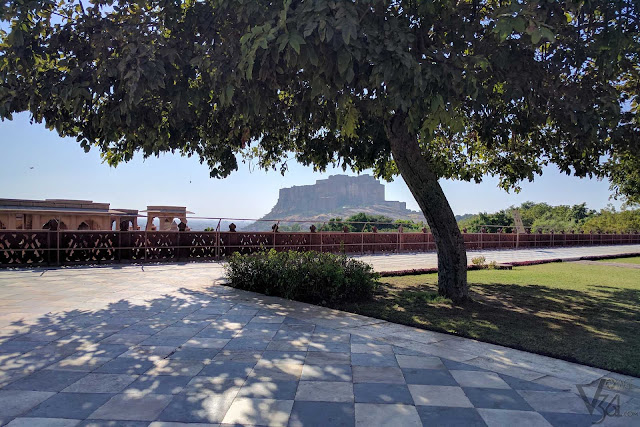 Spectacular views of Mehrangarh fort from Jaswant Thada