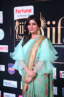 Samantha Ruth Prabhu Smiling Beauty in strange Designer Saree at IIFA Utsavam Awards 2017  Day 2  Exclusive 45.JPG