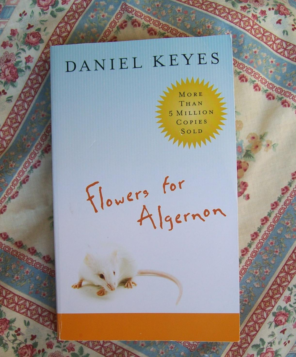 leanne dyck s blog book review flowers for algernon by daniel keyes book review flowers for algernon by daniel keyes