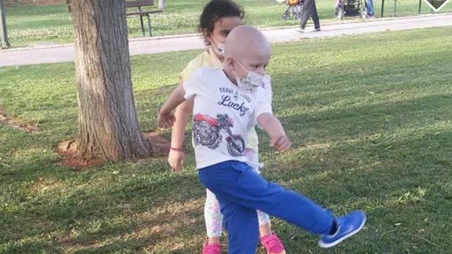 Ο μικρός Κωνσταντίνος Τσίμπος κάνει σήμερα το ταξίδι για την ζωή του στην Αμερική