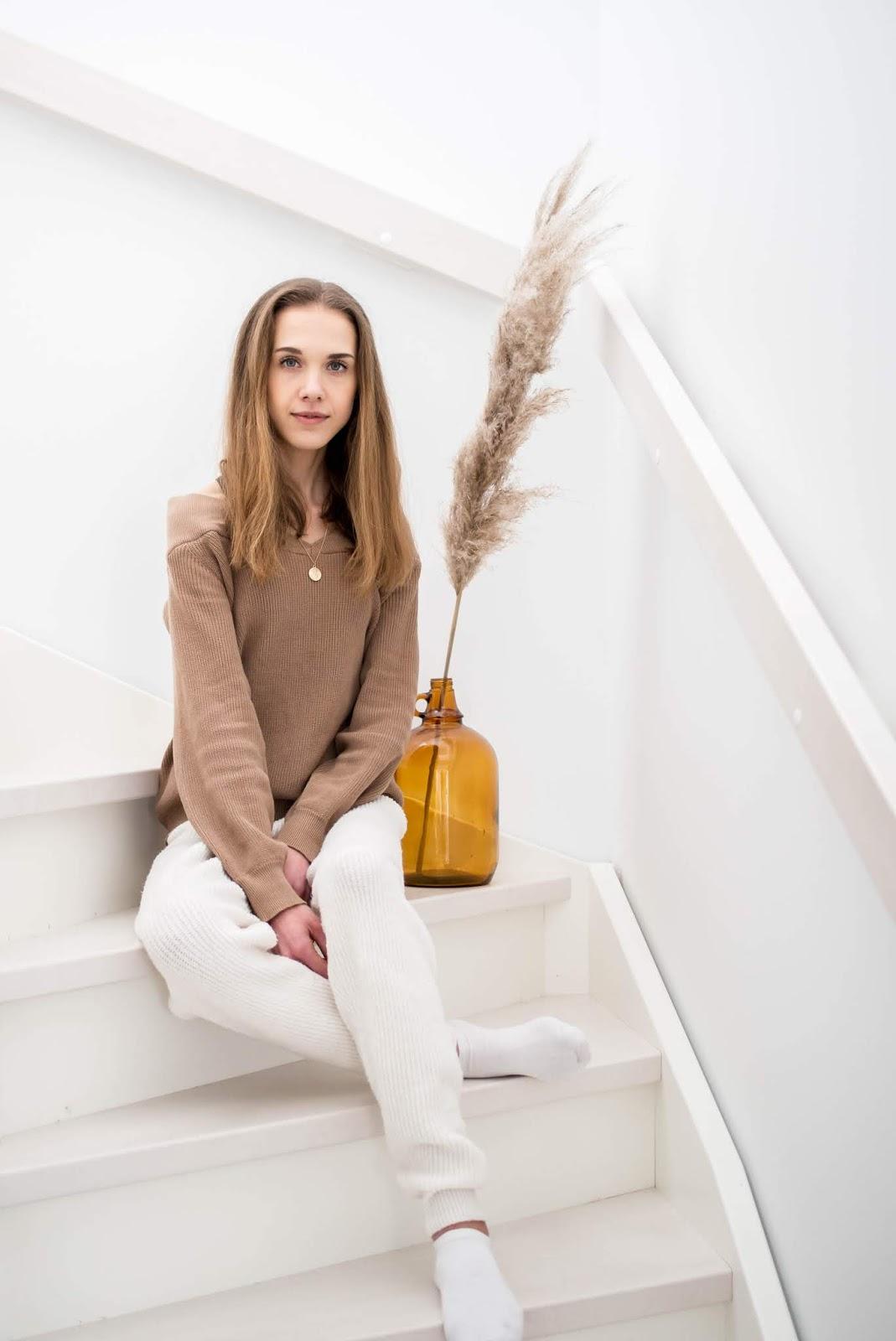 Cute and cosy loungewear for home days - Kauniit ja mukavat kotivaatteet