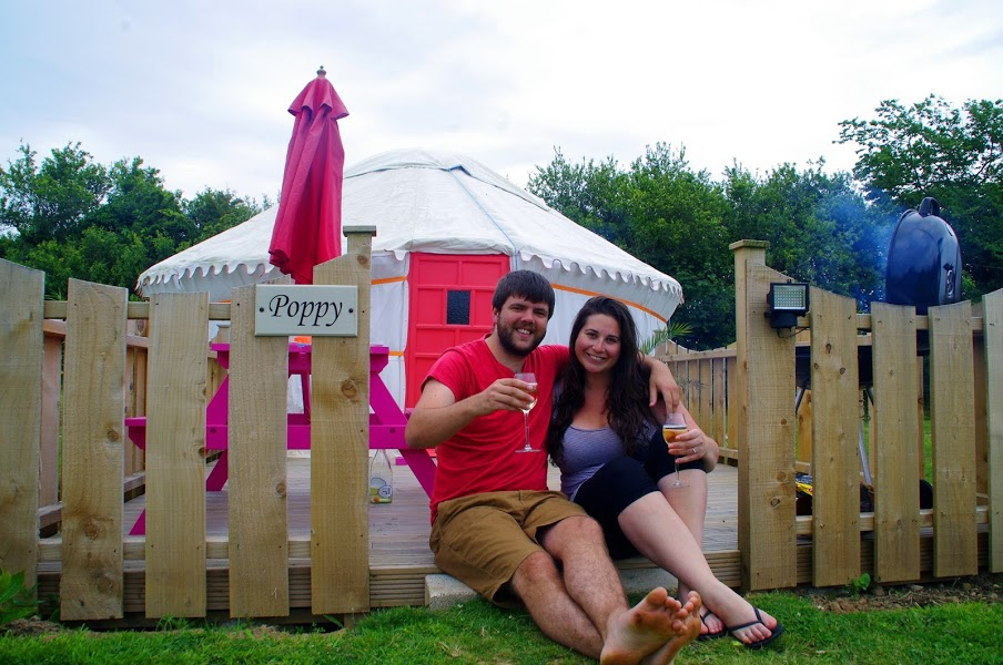 Couple glamping in Cornwall