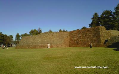 Zona Arqueológica de Tzintzuntzan, Michoacán