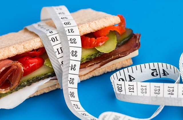 Cara-Cara Mengecilkan Perut Ini Bakal Bikin Kamu Melupakan Diet Selamanya