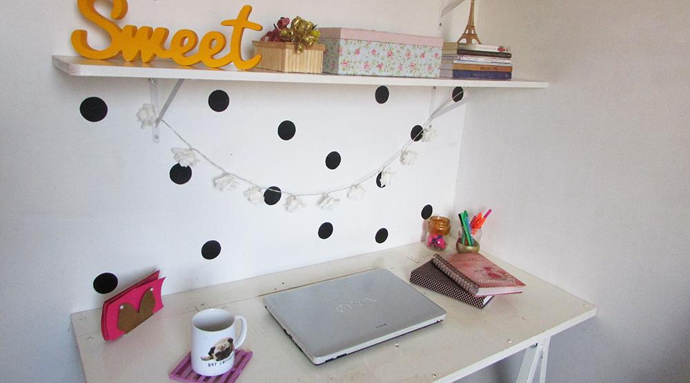 Home-Office-mesa-Cavaletes-Sem-Gastar-Muito