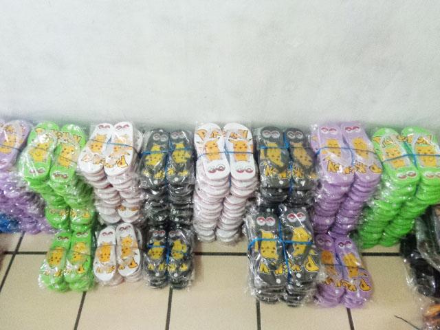 Grosir Sandal Spon Tasikmalaya,Bogor, Garut,Bandung,jakarta,tanah abang