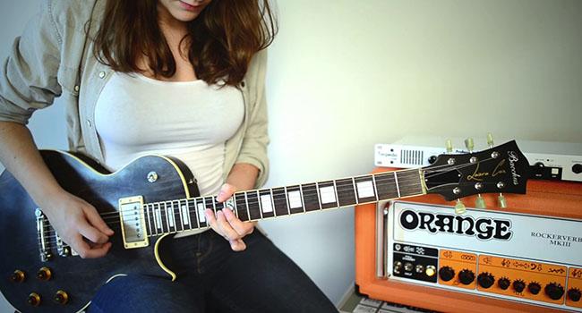 6 Gitaris Cewek Terkece Se-Youtube Raya Favorit Mas Ifan