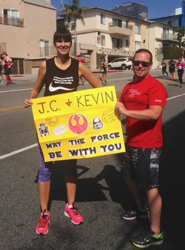 Cheering 2017 LA Marathon runners
