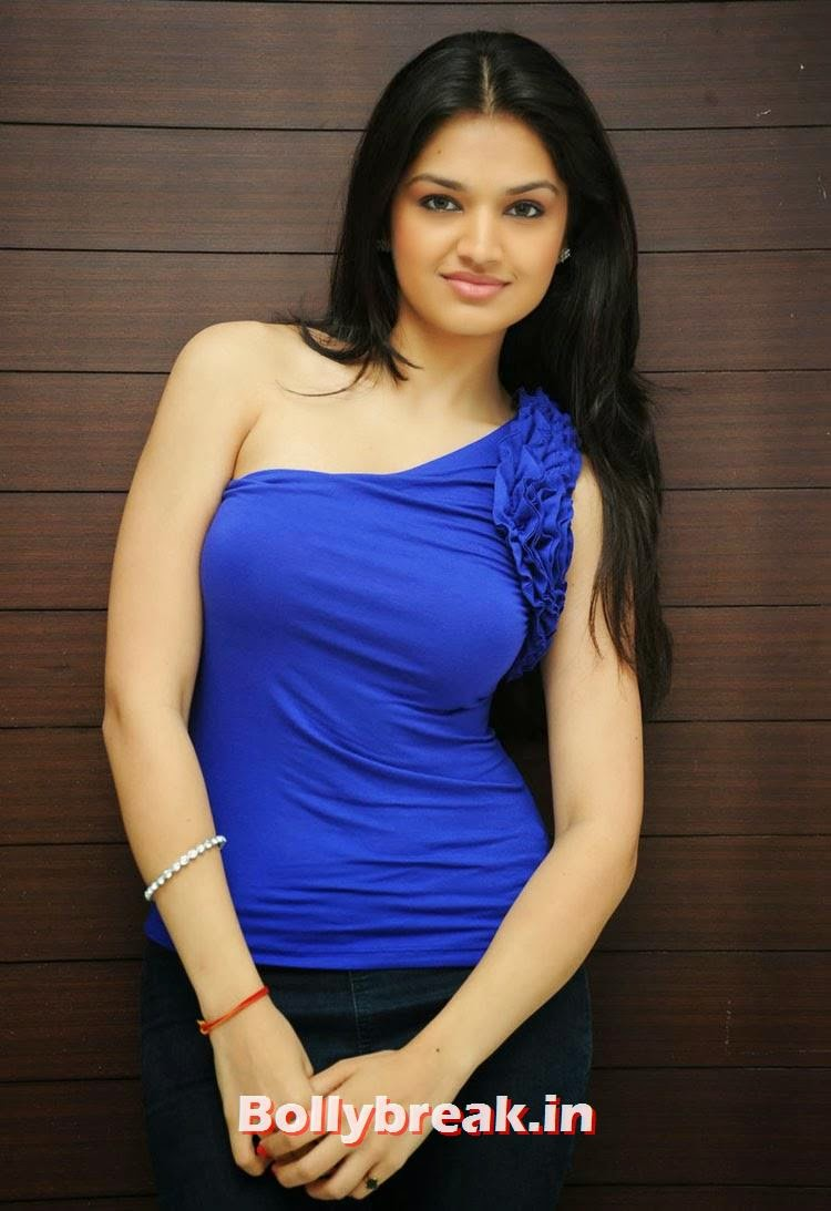 Tara Alisha Berry Pics In Blue - Attrice cinematografica Mastram-3883