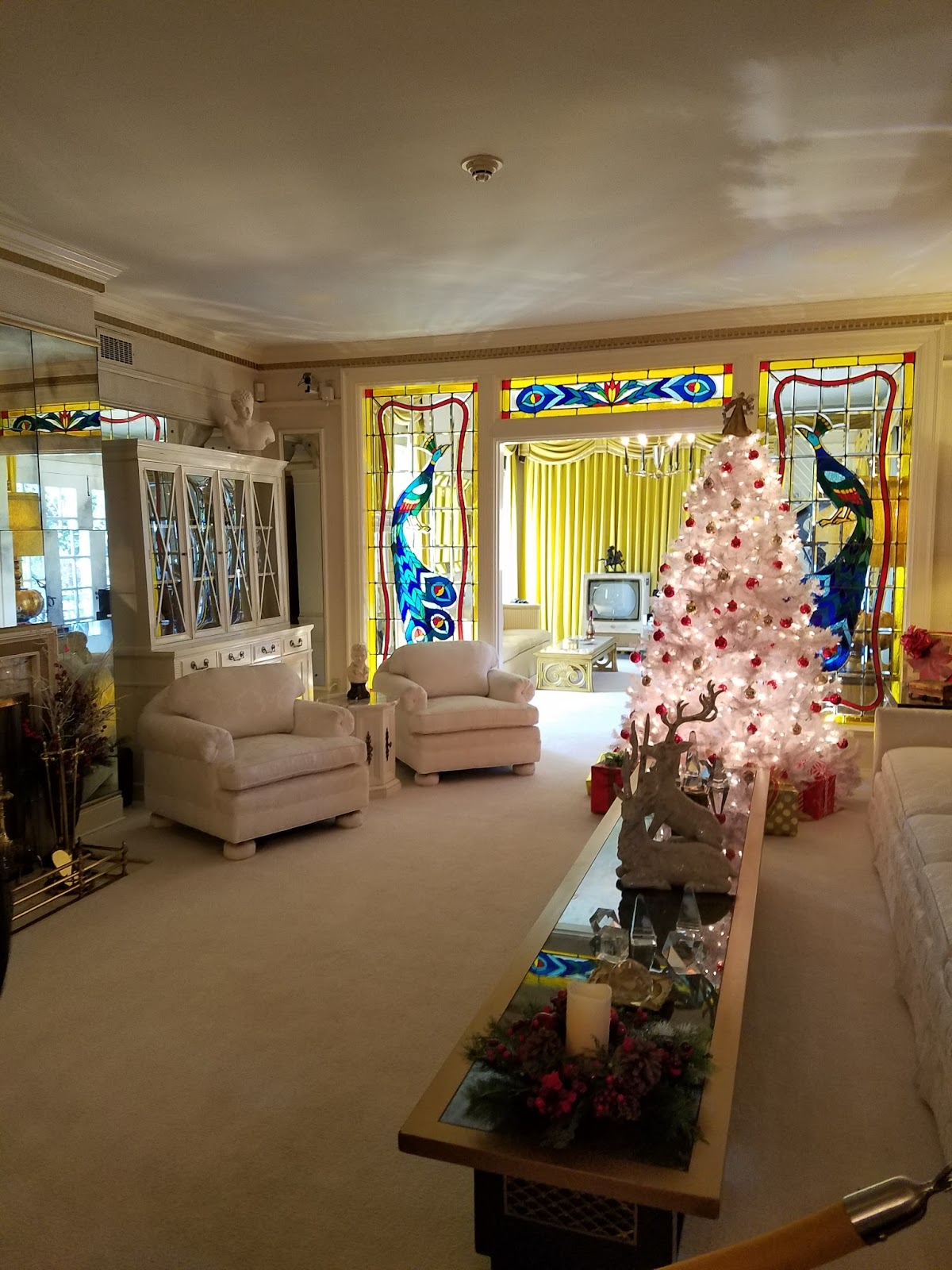 JustJewels4U: Jewels Visits: Graceland Tour-The Home Of Elvis Presley