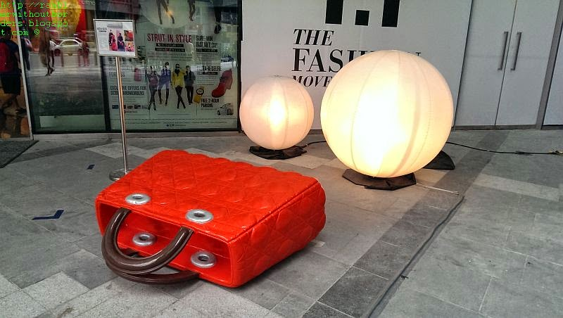 RamBLer WithOut BorDers * }: Orchard Road Art Trail 1