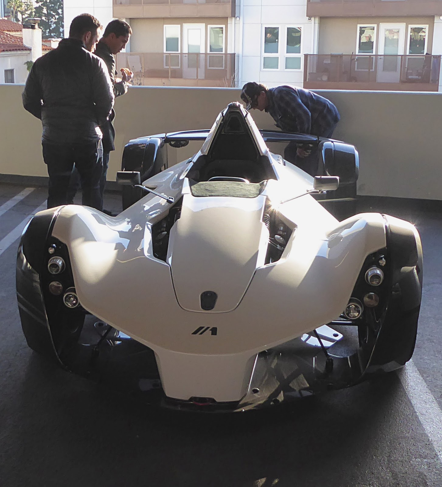 Rouen-les-AFX: Petersen Auto Museum Breakfast Club Cruise-In