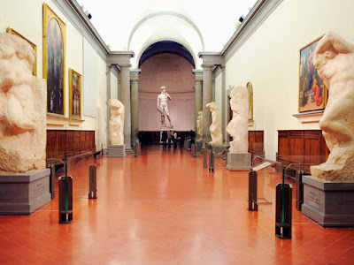 galleria-dell-accademia-michelangelo-david-florence