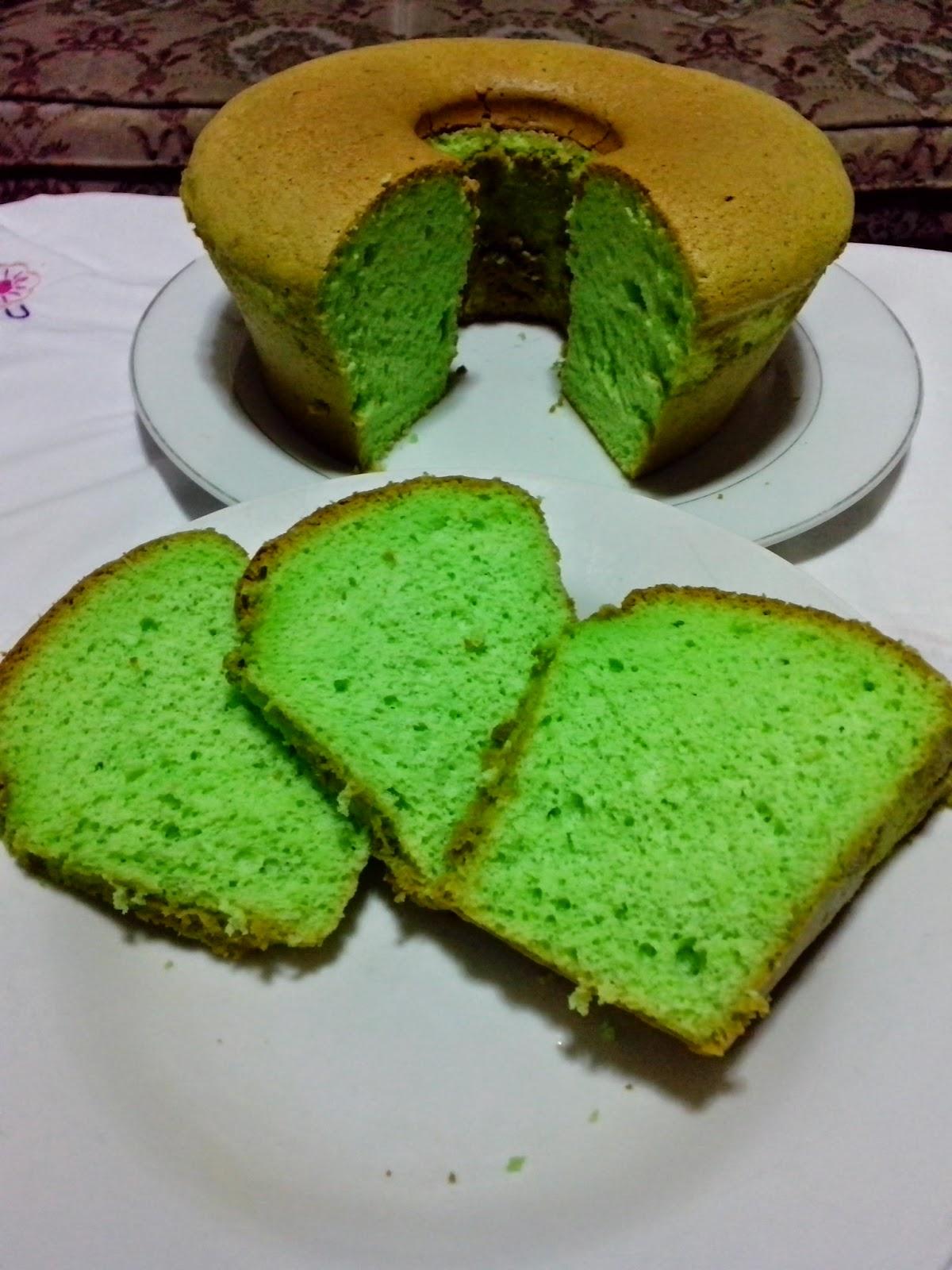 Dapur Mama Aya Pandan Chiffon Cake