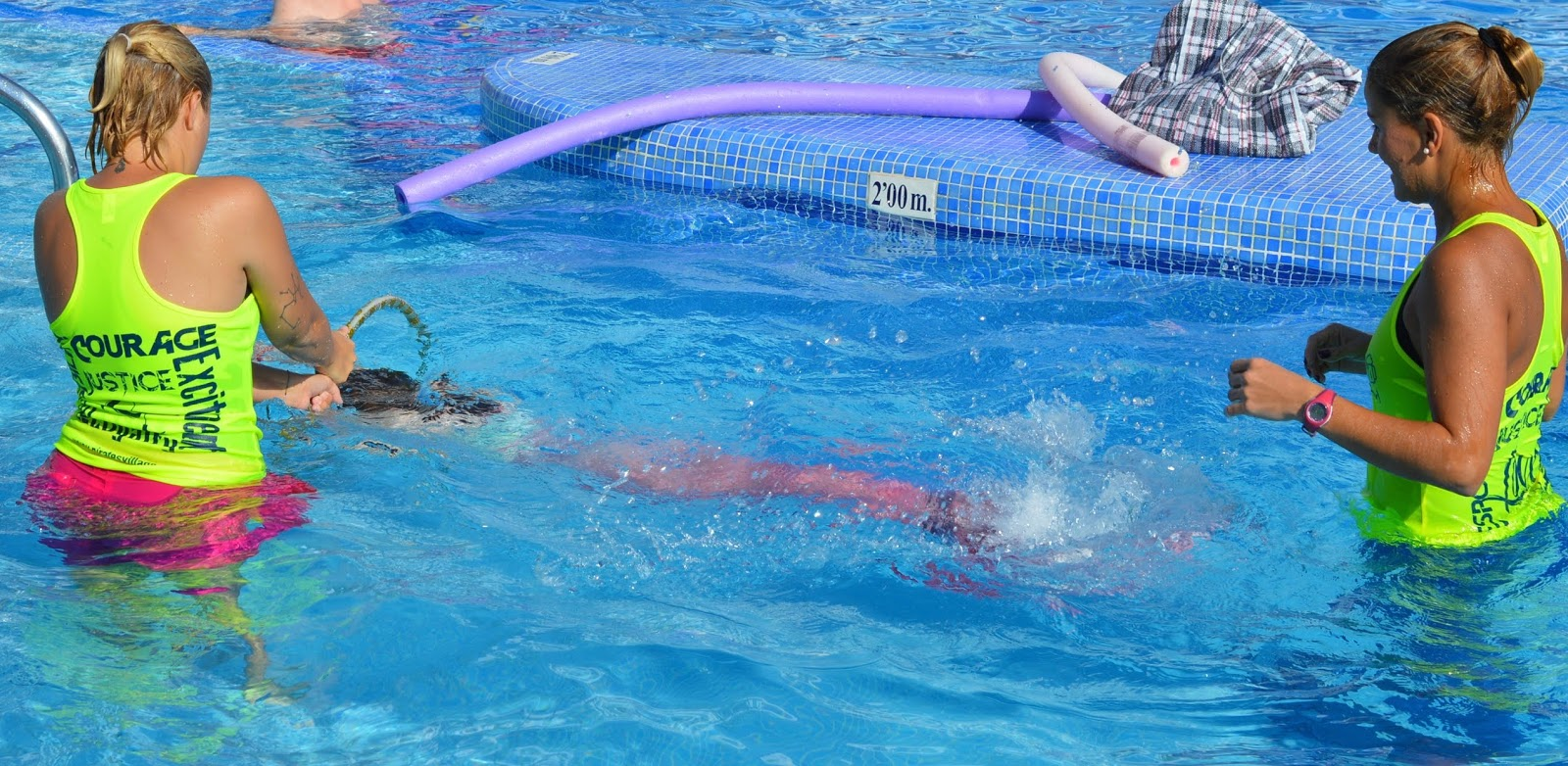 Pirate Swimming Pools and Mermaid Lessons at Pirates Village, Majorca - catching jellyfish