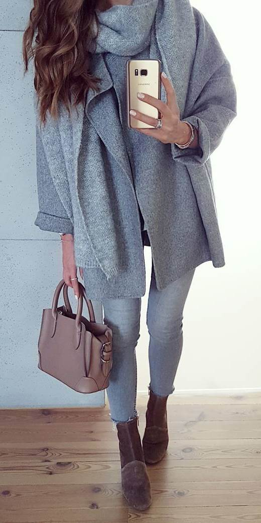 how to wear a coat : bag + skinny jeans + boots + scarf