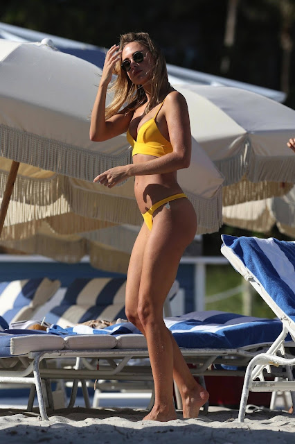 Kimberley Garner - Bikini candids on Miami Beach