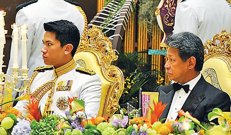 Resultado de imagem para prince abdul mateen brunei