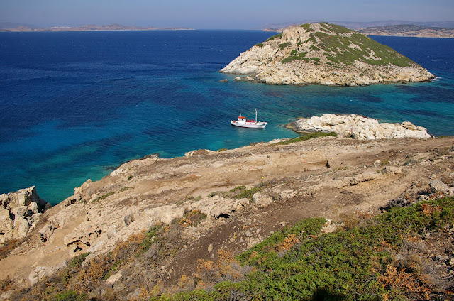 More finds at oldest island sanctuary on Greece's Keros