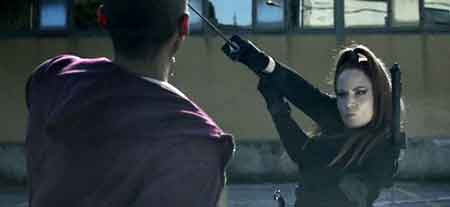 Tara Cardinal en Zombie Massacre